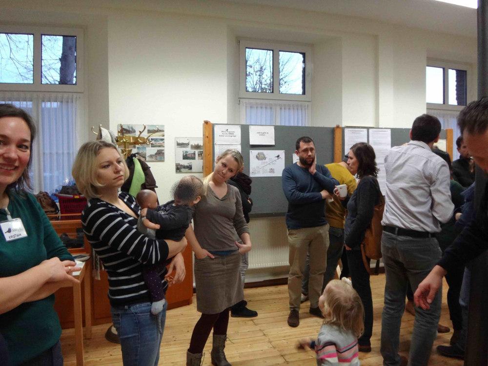 Amsel-Interessierte-treffen-sich-im-Buergerhaus-Birgden